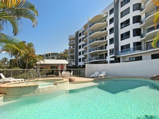 View profile: SPACIOUS 3 BEDDER 300m FROM THE BEACH