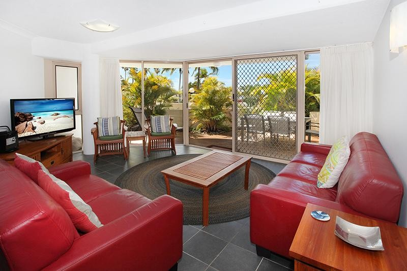 MOOLOOLABA FRONT ROW - IMPRESSIVE AND PRICED TO SELL
