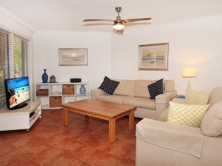 View profile: GROUND FLOOR CLOSE TO BEACH