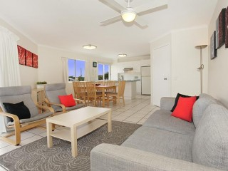 View profile: SO CLOSE TO MOOLOOLABA BEACH
