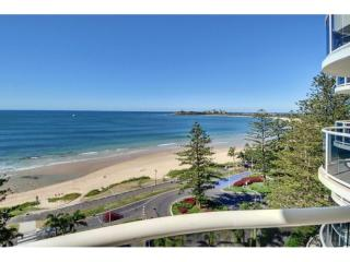 View profile: OCEANFRONT SUB-PENTHOUSE 3 BEDROOM!