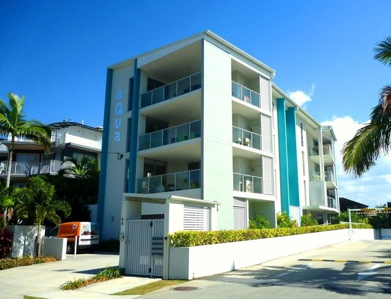 Exclusive & Chic, Contemporary & Stylish F/F One B/R Apartment in Mooloolaba