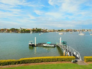 View profile: ABSOLUTE RIVERFRONT MOOLOOLABA