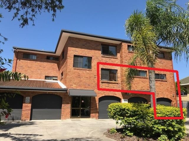 Tightly Held Waterfront Building Mooloolaba