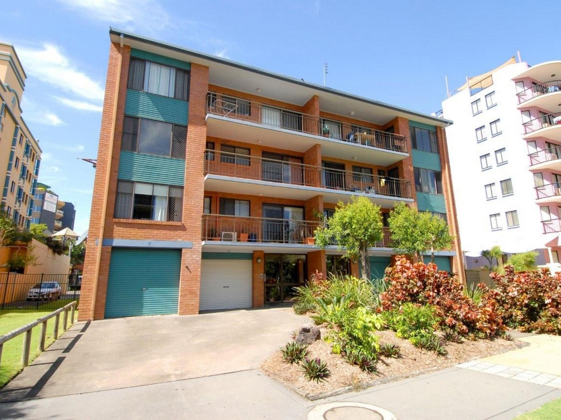 Step outside & Enjoy the Heart of Mooloolaba & Patrolled Beach, Cafe's & Specialty Shops 2BR Unit