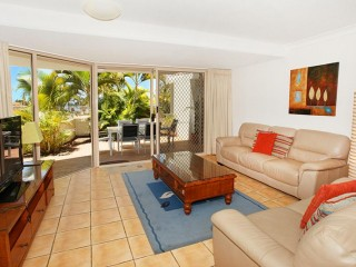 View profile: QUALITY INVESTMENT OPPORTUNITY ON THE MOOLOOLABA FRONT ROW FOR UNDER $500K