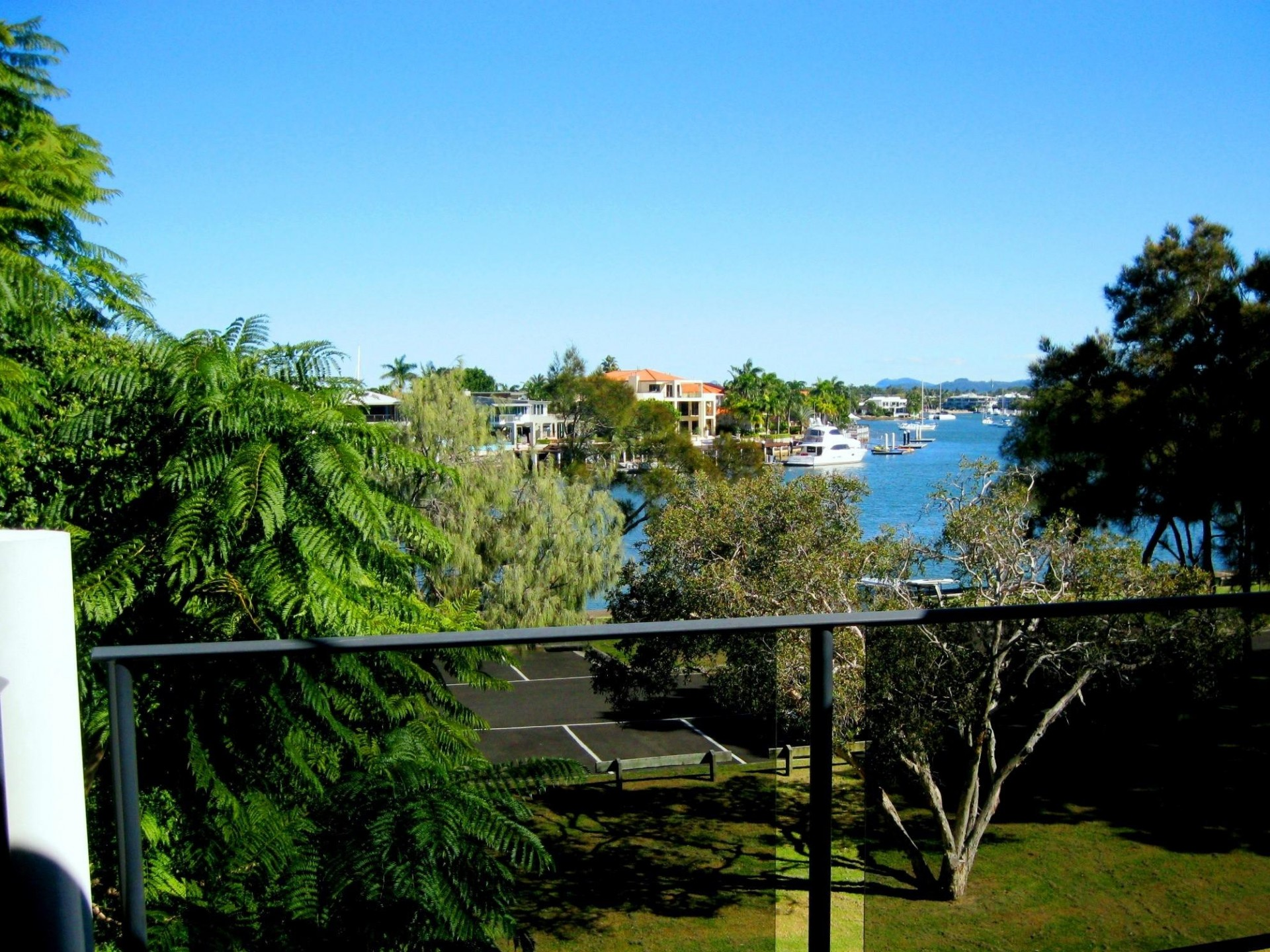 SPARKLING RIVER VIEWS,CANAL FRONT ON PARKYN PDE 2 B/R Unfurnished Unit