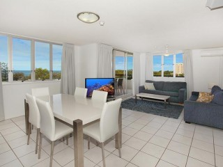 View profile: 3 BEDROOM UNIT - OH!! SO CLOSE TO THE SWIMMING FLAGS AND MUCH MORE!!