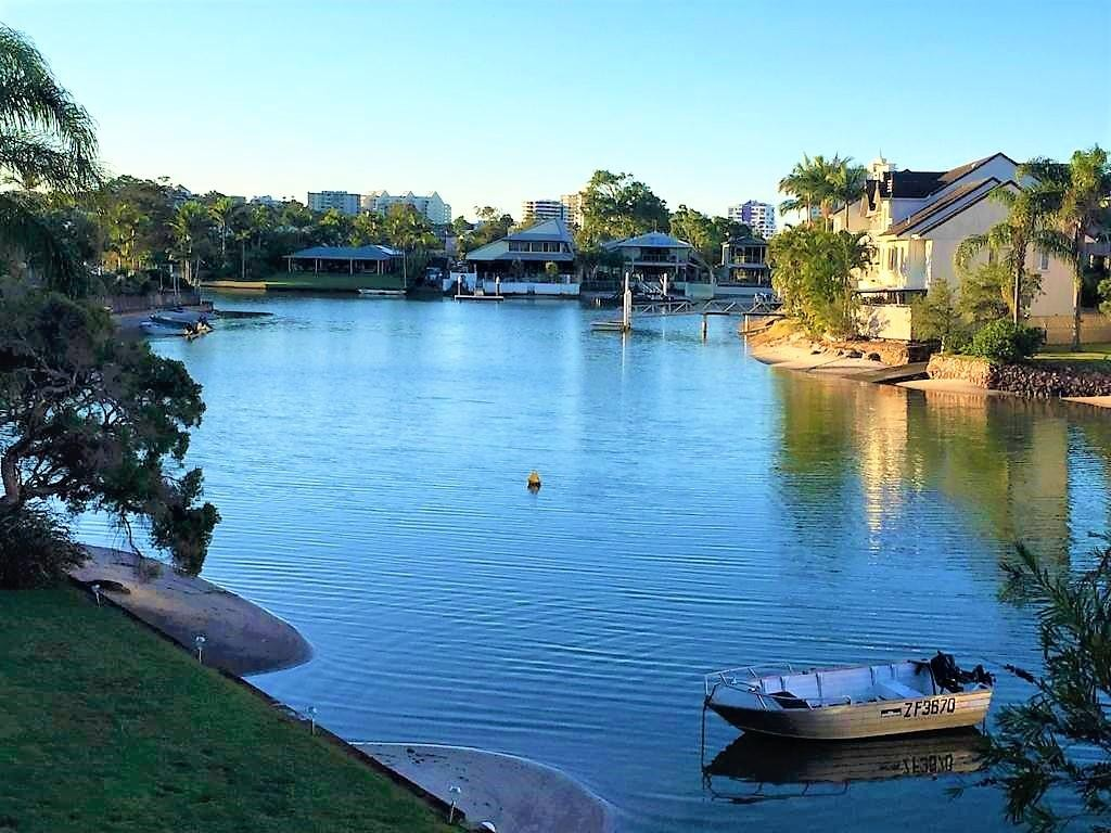 Mooloolaba Canal  Front Unit  ~ Bright and fresh Fully Furnished 2 BR Unit SHORT TERM RENTAL