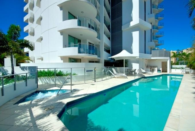 SHORT TERM LEASE -Just a stroll to the beach and a pool at your door step