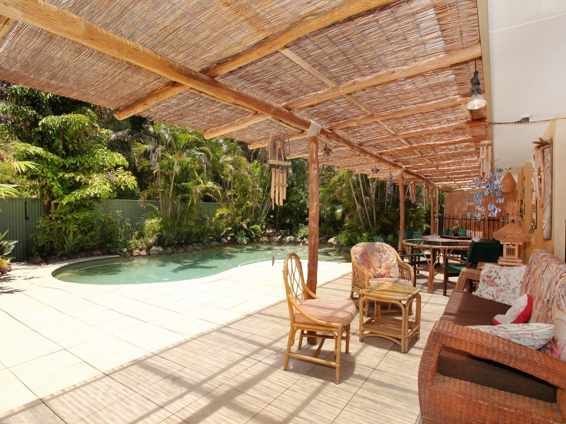 Resort lifestyle within walking distance to the beach! 4 MONTH LEASE ONLY!