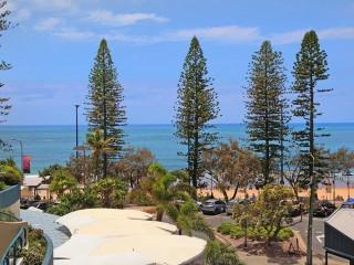 View profile: 'HAMPTONS' on the BEACH MOOLOOLABA