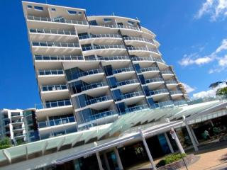View profile: Retail Shop Oceans Arcade, Mooloolaba