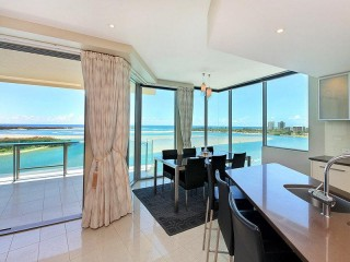 View profile: HIGH LEVEL 1ST CLASS RIVER & OCEAN FRONT HOME!