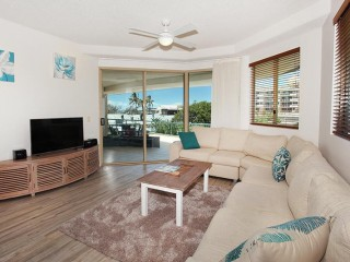 View profile: THREE BEDROOM TERRACE APARTMENT     PRIME LOCATION