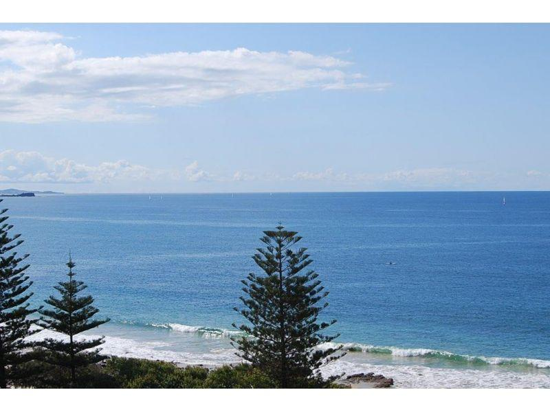 PRICE SLASHED!! High level unit with fantastic ocean views!