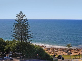 View profile: WOW FACTOR - LITTLE GEM CLOSE TO THE BEACH